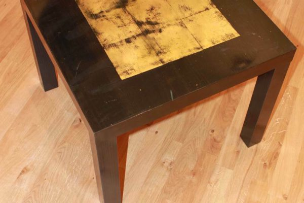 Table with composition gold designed by Goldcreartiv
