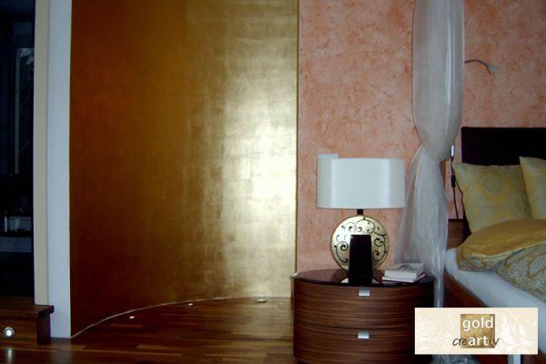 Goldwaende Schlafzimmer